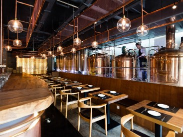 Copper is the main material applied to create craft beer experience for the customer